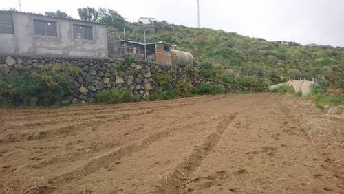 imagen 2 de Venta de terreno con casa de aperos en Mazo (Tenerife)