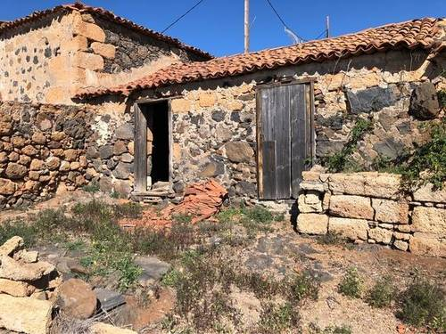 imagen 2 de Venta de terreno con casas para restaurar en Jama (Tenerife)