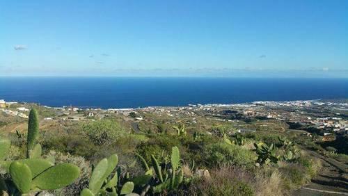 imagen 1 de Venta de parcela con vistas al mar en Candelaria (Tenerife)