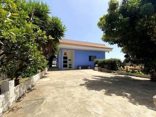 imagen 1 de Venta de casa rural con huerto en Arafo (Tenerife)