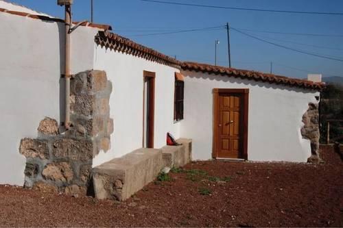 imagen 4 de Venta de casa rural con terreno en San Cristóbal de la Laguna (Tenerife)
