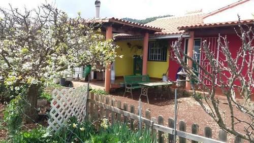 imagen 2 de Venta de casa con terreno en La Esperanza (Tenerife)