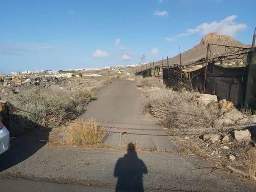 imagen 1 de Venta de finca en Arona (Tenerife)