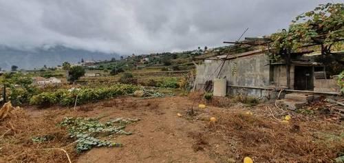 imagen 1 de Venta de terreno con cuarto de aperos en La Orotava (Tenerife)