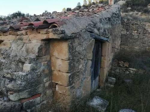 imagen 2 de Venta de finca ecológica con masía en Calaceite (Teruel)