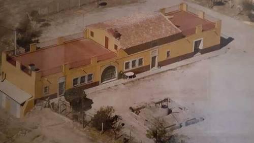 imagen 1 de Venta de finca con núcleo zoológico en Almorox (Toledo)