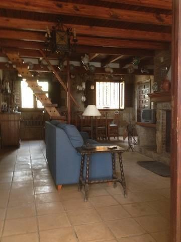 imagen 2 de Venta de finca con casa rural en Requena