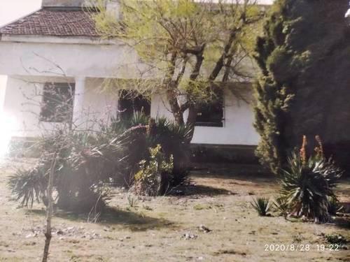 imagen 2 de Venta de terreno con vivienda a reformar en Matapozuelos