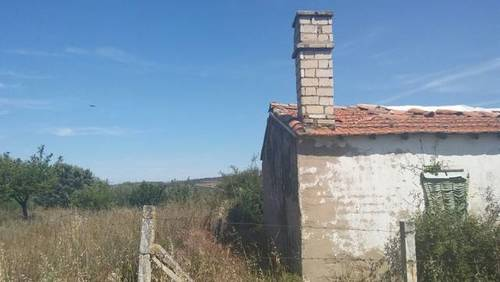 imagen 2 de Venta de terreno con casa a rehabilitar en Villaflor
