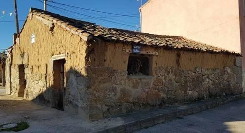 imagen 2 de Venta de antigua casa de pueblo en La Torre (Ávila)