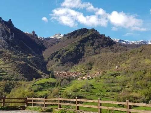 imagen 7 de Venta de casa rural en Vega de Liébana (Cantabria)