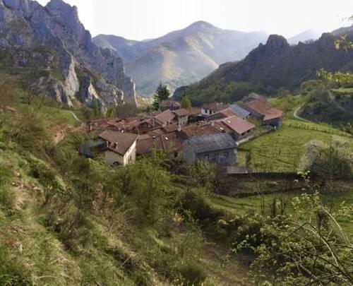 imagen 5 de Venta de casa rural en Vega de Liébana (Cantabria)