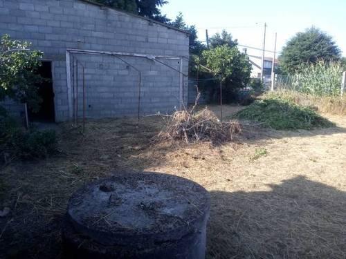 imagen 3 de Venta de casa rural con dos almacenes y terreno en Xinzo de Limia
