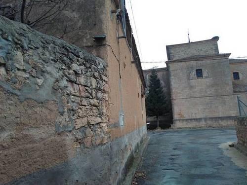 imagen 3 de Venta de casa rural a reformar en Condado de Castilnovo (SEgovia)