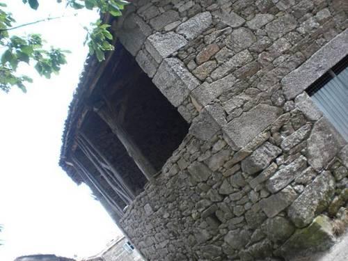 imagen 1 de Venta de antigua casa rural en Chantada (Lugo)