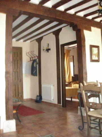 imagen 4 de Venta de casa antigua rural y reformada en Almodóvar del Pinar (Cuenca)