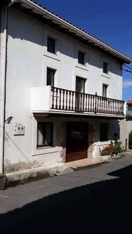 imagen 3 de Venta de casa rural rehabilitada en castro Urdiales (Cantabria)