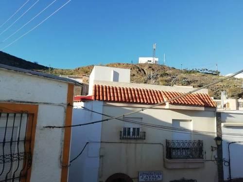 imagen 1 de Venta de dos casas rurales independientes en Nacimiento (Almería)