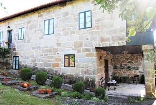 imagen 1 de Venta de preciosa casa rural en Ribadivia (Ourense)