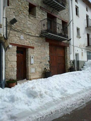imagen 5 de Venta de casa rural en Castellfort (Castellón)