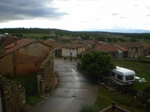 imagen 3 de Venta de casa rural en Villar de Farfón (Zamora)
