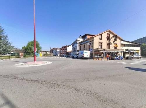 imagen 1 de Venta de casa rural y pequeño complejo hostelero en Solares (Cantabria)