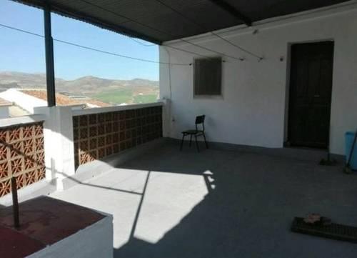 imagen 2 de Venta de casa de pueblo reformada en arales (Málaga)