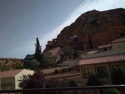 imagen 1 de Venta de casa rural a reformar en Alcorisa (Teruel)