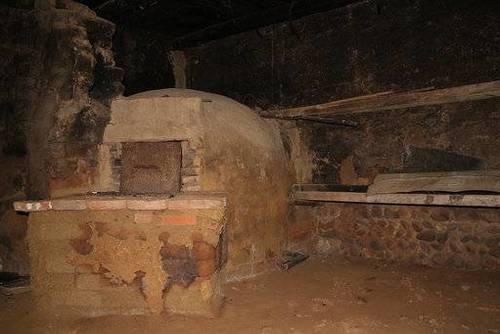 imagen 5 de Venta de casa rural a restaurar en Villarroañe (León)