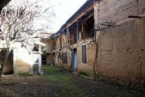imagen 4 de Venta de casa rural a restaurar en Villarroañe (León)