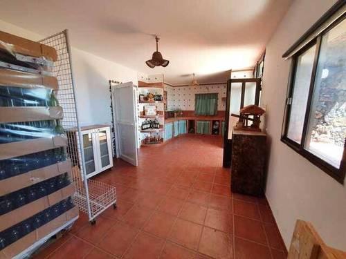 imagen 1 de Venta de bodega en El Pinar (El Hierro)