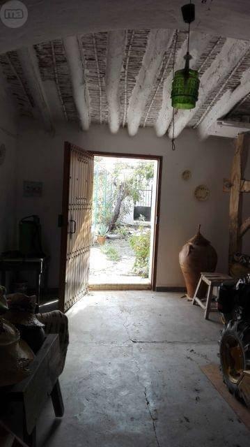 imagen 2 de Venta de cortijo con bodega en Purchena (Almería)