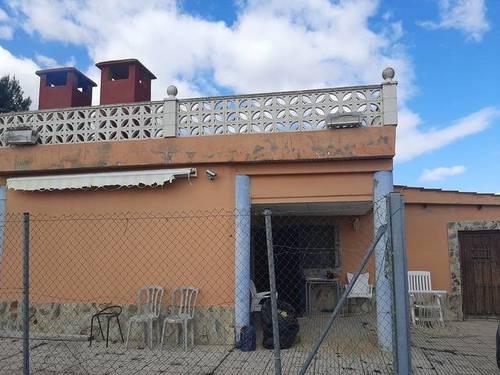 imagen 1 de Venta de casa rural con terreno en Osera (Zaragoza)