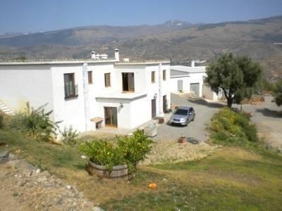 imagen 5 de Venta de bodega ecológica con vivienda en Lobras (Granada)