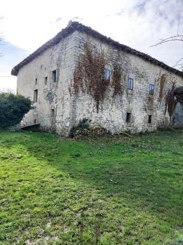 imagen 3 de Venta de casa rústica en Espinosa de los Monteros