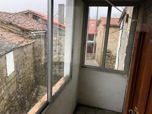 imagen 3 de Venta de casa rural en Nogueira de Ramuin (Ourense)