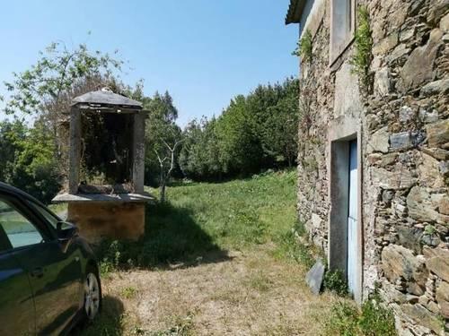 imagen 8 de Venta de casa rural para restaurar en Cerdido (ACoruña)