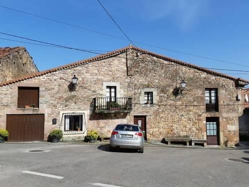 imagen 2 de Venta de casa rural en Cartes (Cantabria)
