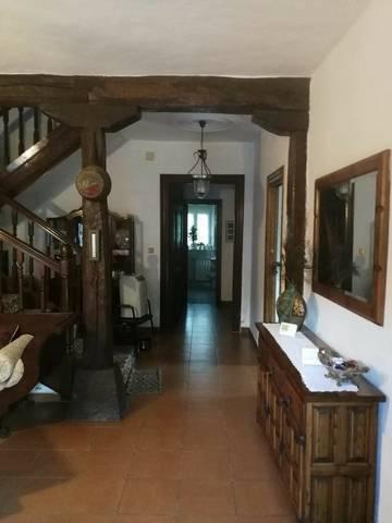imagen 3 de Venta de casa de piedra en Cartes (Cantabria)
