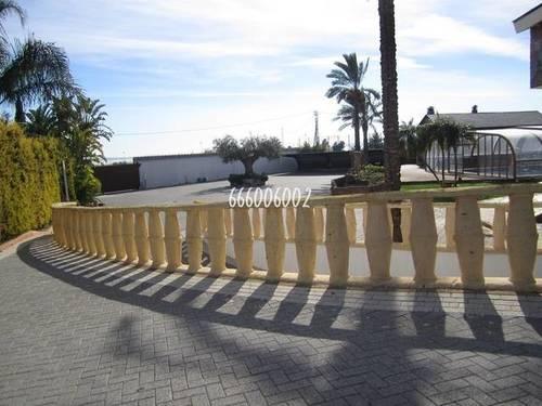 imagen 2 de Venta de casa de lujo en plena naturaleza en Los Montesinos