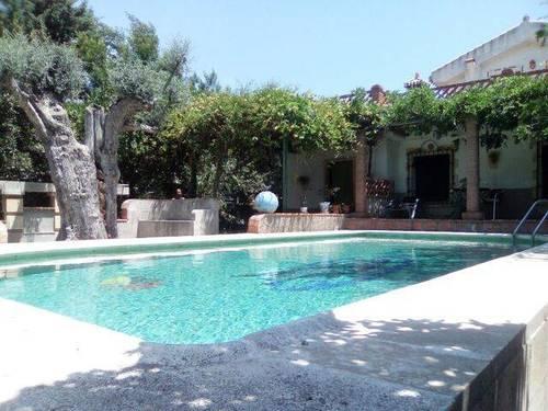imagen 2 de Venta de espectacular casa de campo con piscina en Niguelas