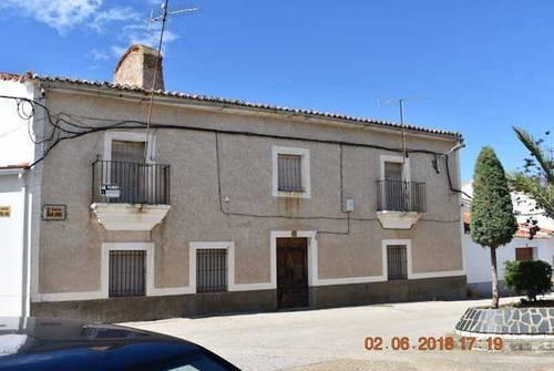 imagen 1 de Venta de casa rural en Salorino (Cáceres)