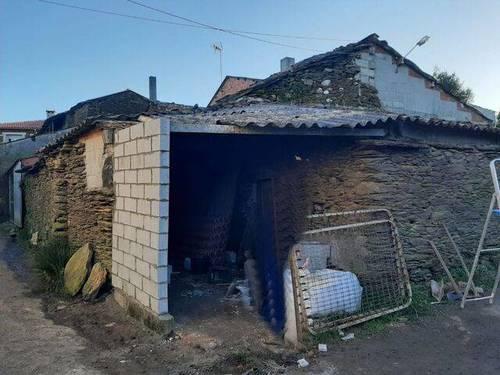 imagen 3 de Venta de casa rural en Lalín