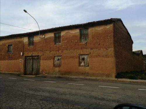 imagen 1 de Venta de casa rural en Paradilla de la Sobarriba (León)