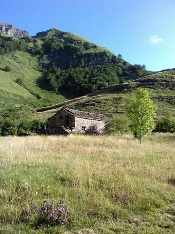 imagen 2 de Venta de casa rural, cabaña en Cantabria