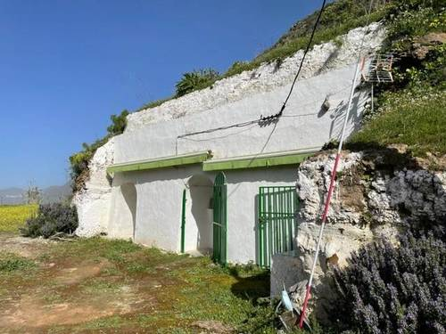 imagen 1 de Venta de finca con casa cueva