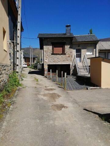 imagen 4 de Venta de casa rural en Vigo de Sanabria (Zamora)