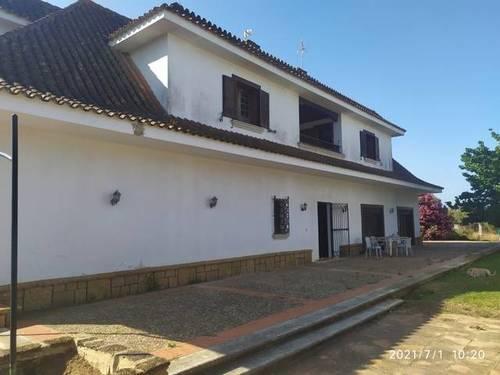 imagen 2 de Venta de finca con vivienda en Chiclana