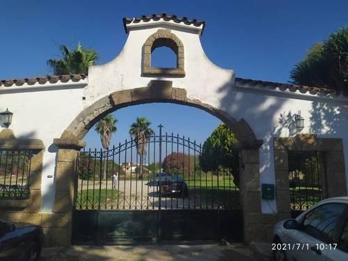 imagen 4 de Venta de finca con vivienda en Chiclana