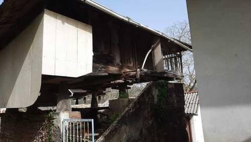 imagen 2 de Venta de casa para reformar en Oviedo